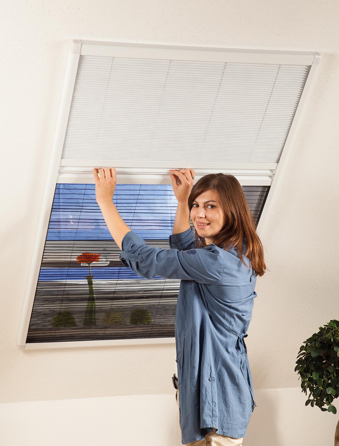 aldi s d fliegengitter sonnenschutz f r dachfenster sets fenster teile zubeh r baustoffe. Black Bedroom Furniture Sets. Home Design Ideas