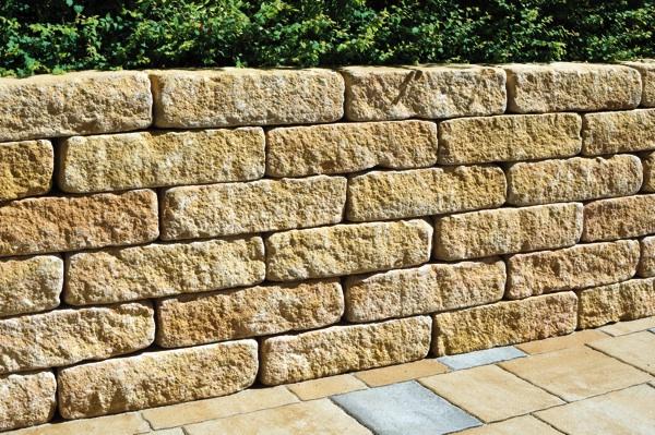 Spaltino mauerblock antik gelb sand nuanciert gala lusit for Garten steine hellweg