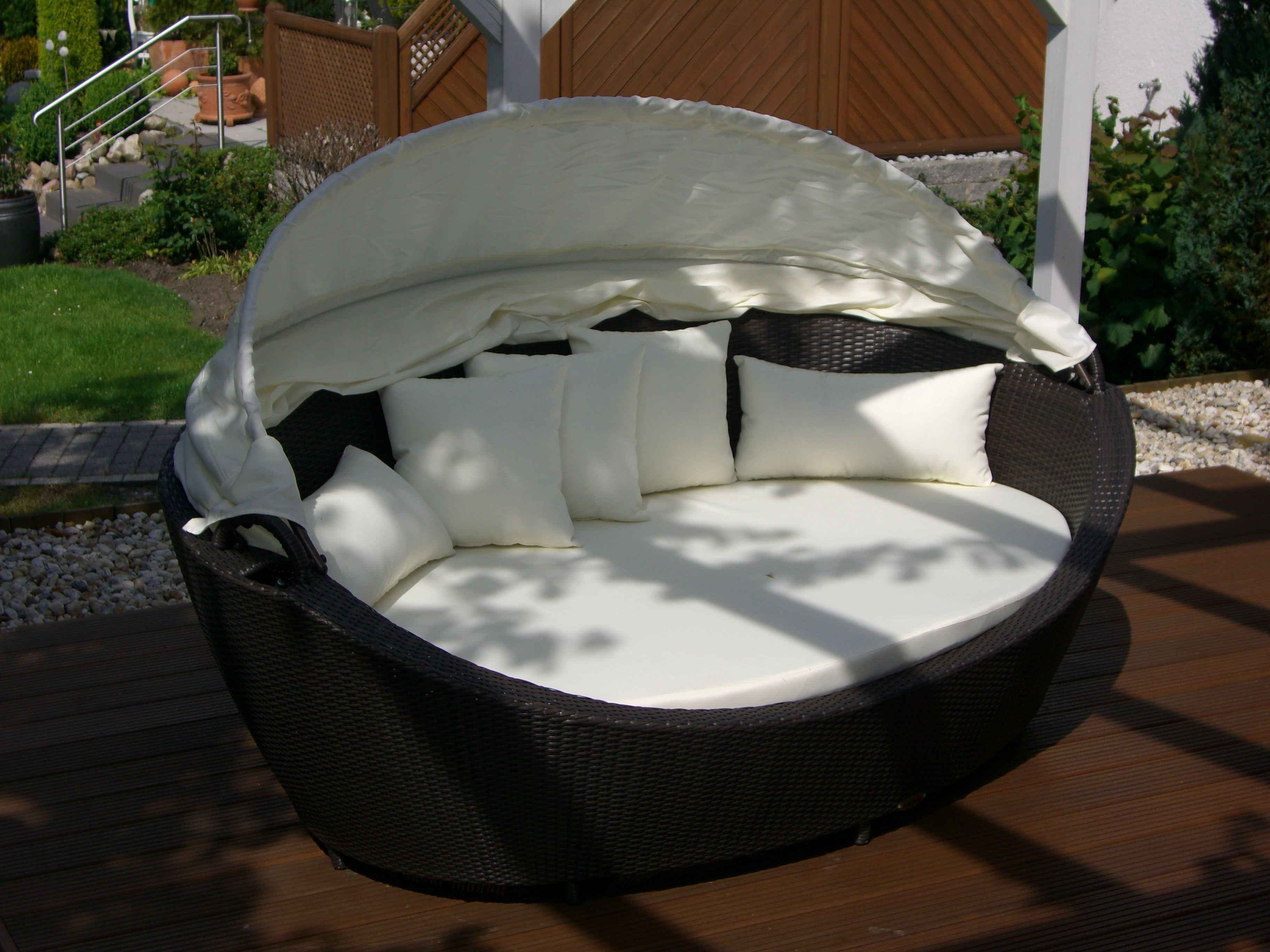 liegemuschel barcelona 1 st ck accentus gmbh gartenliegen garten rasen und balkon garten. Black Bedroom Furniture Sets. Home Design Ideas